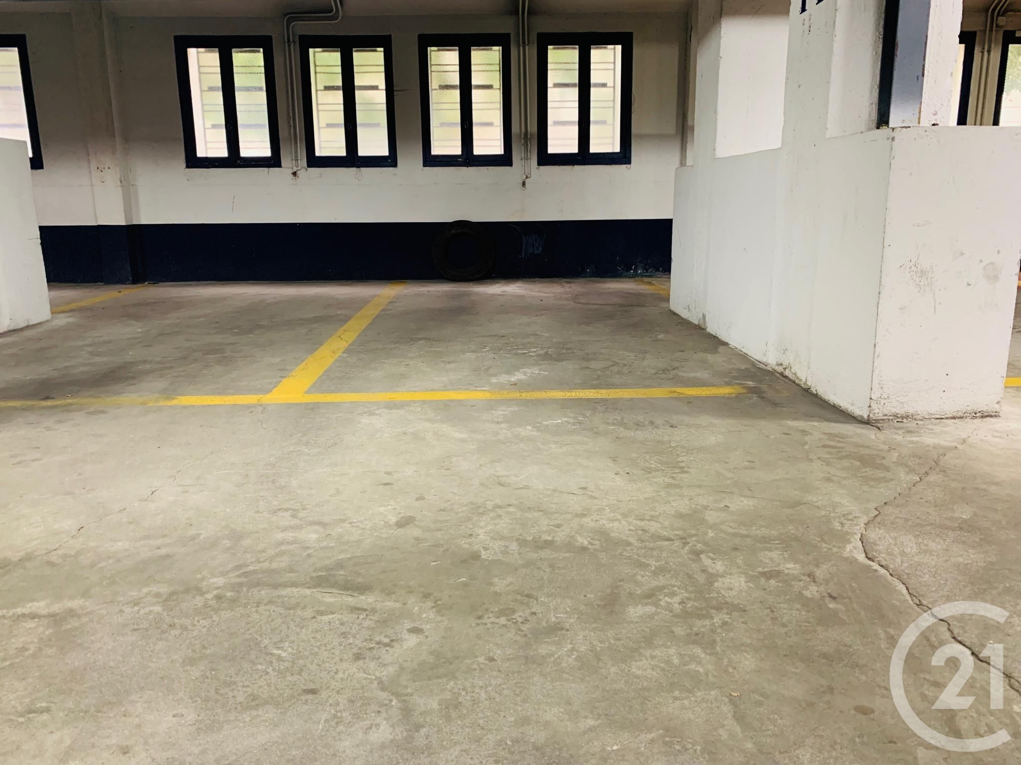 Parking à louer - 12,0 m2 - PARIS - 75016 - ILE-DE-FRANCE